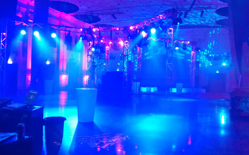 blue ambient light for indoor dance event